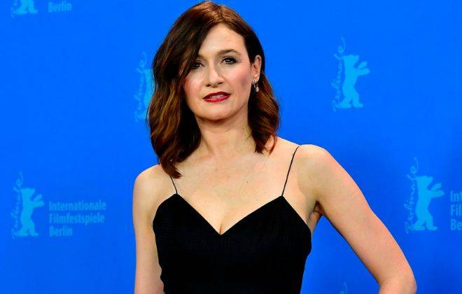 Emily Mortimer Height, Weight, Age, Wiki, Biography, Net Worth, Facts - Emily Mortimer