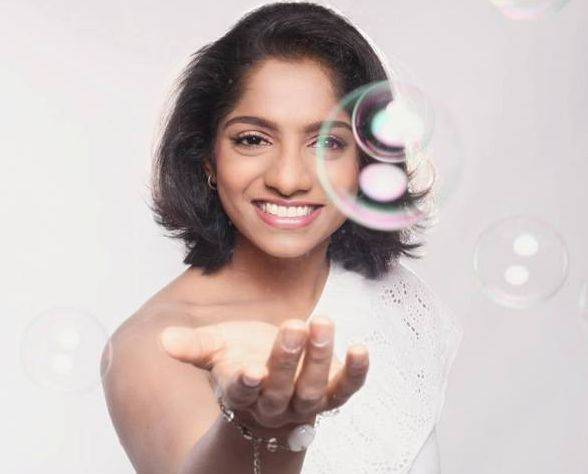 Jamie Lever Biography, Age, Height, Wiki, Husband, Family, Profile - Jamie Lever