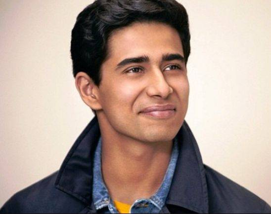Suraj Sharma Height, Weight, Age, Biography, Wiki, Wife, Family, Profile - Suraj Sharma