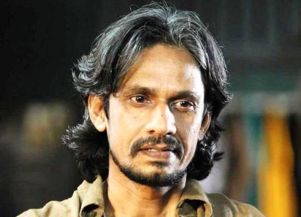 Vijay Raaz Height, Weight, Age, Biography, Wiki, Wife, Family, Profile - Vijay Raaz
