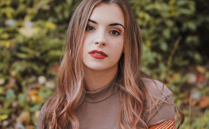 Alyssa Shouse Bio, Wiki, Age, Boyfriend, Height, Net Worth, Facts - Alyssa Shouse