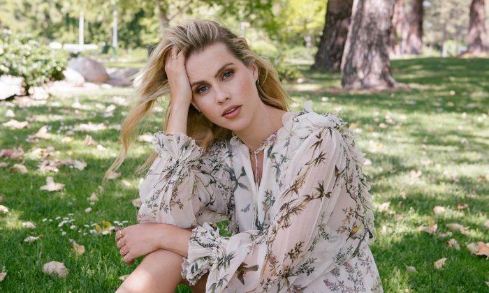 Claire Holt Height, Bio, Wiki, Age, Boyfriend, Net Worth, Facts - Claire Holt