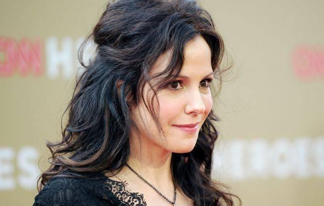 Mary-Louise Parker Height, Age, Bio, Married, Husband, Net Worth, Facts - Mary Louise Parker