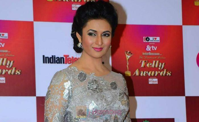 Divyanka Tripathi Height, Weight, Age, Biography, Boyfriend, Net Worth, Facts - Divyanka Tripathi