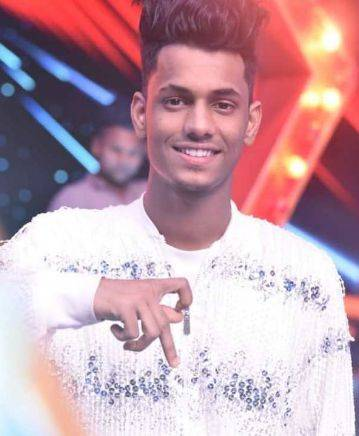 Chetan Salunkhe Height Weight Age Wiki Biography Girlfriend & Family