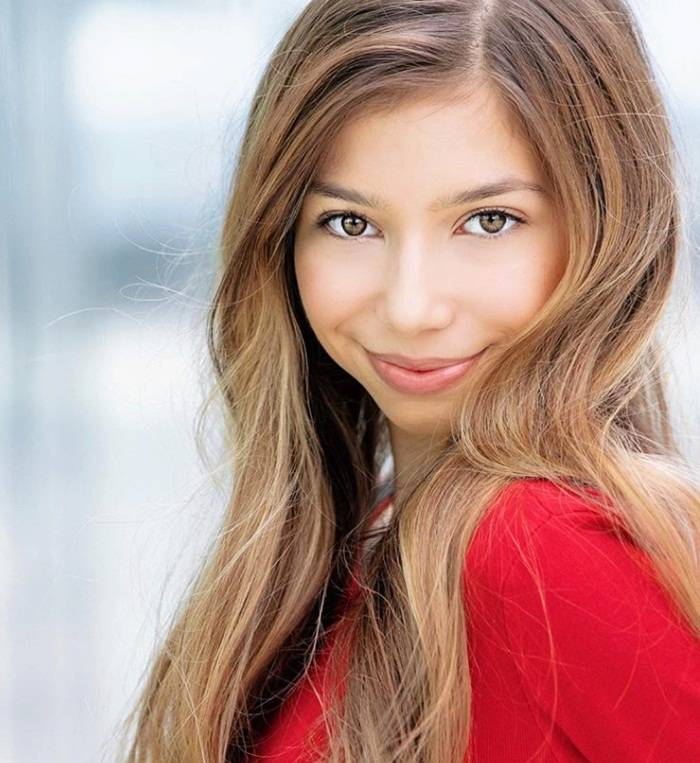 Lulu Lambros Height Age Weight Measurement Wiki Bio & Net Worth - Lulu Lambros Height Age Weight Measurement Wiki Bio amp Net Worth