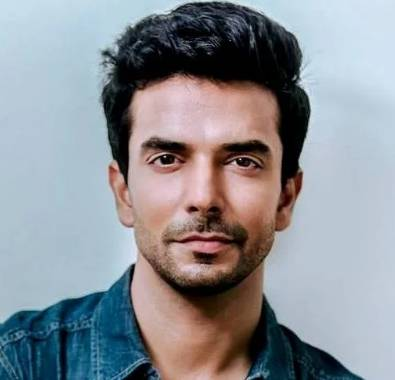 Manit Joura Height, Age, Weight, Wiki, Biography, Girlfriend & More - 1558176819 Manit Joura Height Age Weight Wiki Biography Girlfriend amp More