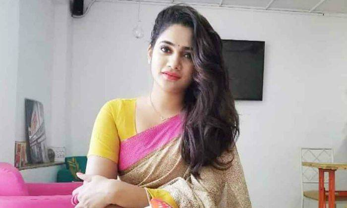 Losliya Mariyanesan Wiki, Age, Bio, Height, Family, Facts - Losliya Mariyanesan Wiki Age Bio Height Family Facts