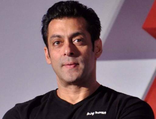 Salman Khan Biography 2020 - Age, Height, Weight, Girlfriends, Family Wiki - Salman Khan Age Height Weight Wiki Biography Girlfriends Family