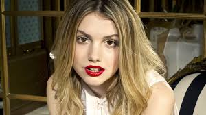 Hannah Murray Biography, Height, Weight, Age, Size, Family, Affairs - Hannah Murray Instagram Picture