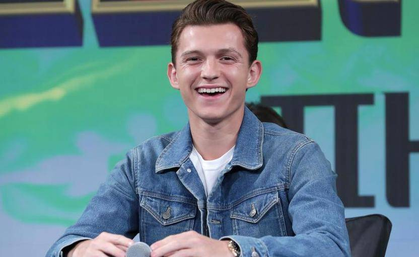 Spider-man star Tom Holland girlfriend, Split with Zendaya, Dating Someone, Reportedly Engaged - Spider man star Tom Holland girlfriend Split with Zendaya Dating Someone
