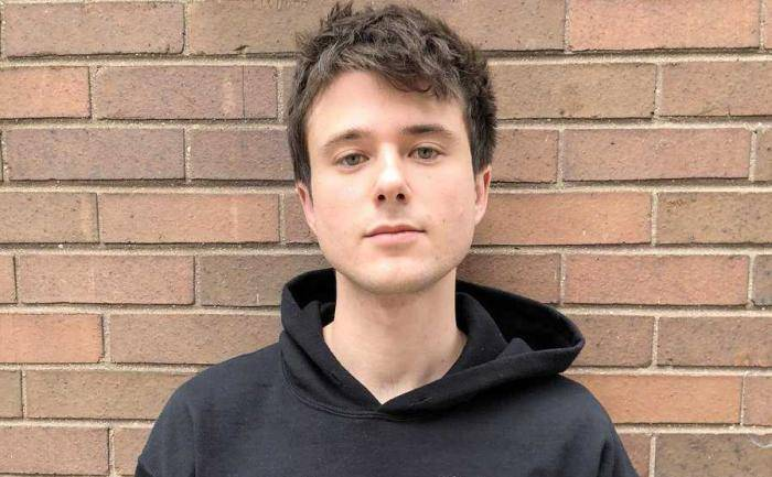 Alec Benjamin Lifestyle, Wiki, Net Worth, Income, Salary, House, Cars, Favorites, Affairs, Awards, Family, Facts & Biography - Alec Benjamin Lifestyle Wiki Net Worth Income Salary House Cars