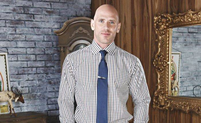 Johnny Sins Lifestyle, Wiki, Net Worth, Income, Salary, House, Cars, Favorites, Affairs, Awards, Family, Facts & Biography - Johnny Sins Lifestyle Wiki Net Worth Income Salary House Cars