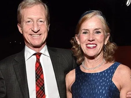 """Tom Steyer with his wife, Kat Taylor """"data-caption ="""" Tom Steyer with his wife, Kat Taylor """"data-source ="""" worth.com"""