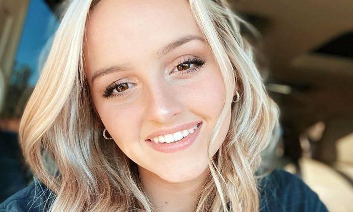 Evie Clair Age, Bio, Wiki, Height, Family, Boyfriend, Net Worth, Facts - Evie Clair Age Bio Wiki Height Family Boyfriend Net Worth