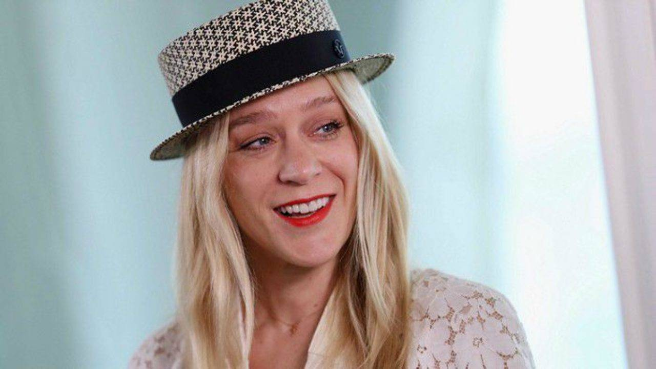 Chloë Sevigny Height, Weight, Age, Wiki, Biography, Net Worth, Facts - Chloe Sevigny