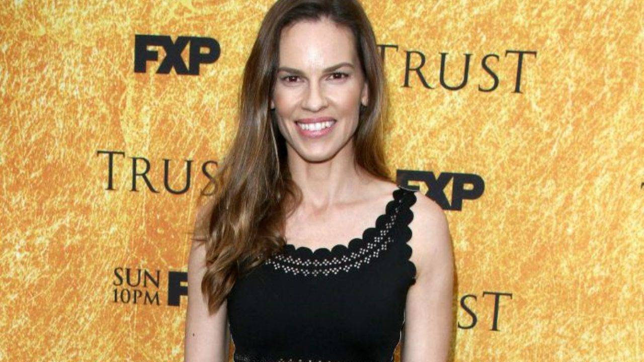 Hilary Swank Height, Weight, Age, Wiki, Biography, Net Worth, Facts - Hilary Swank