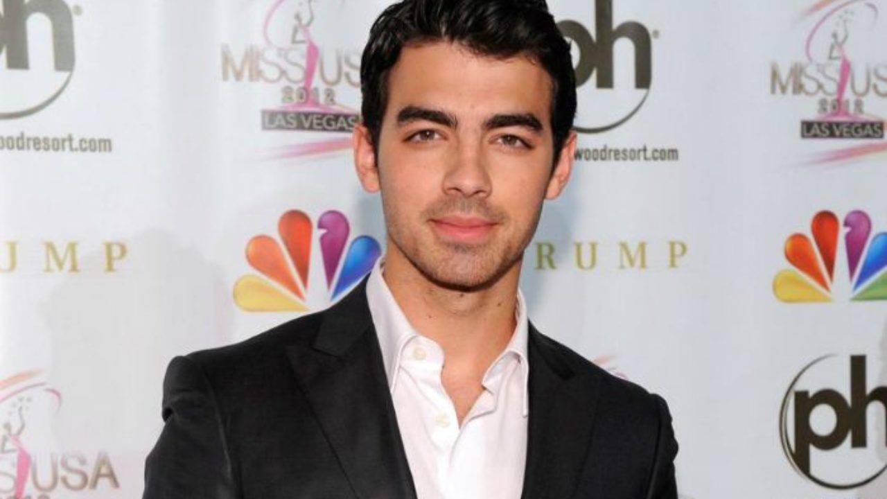 Joe Jonas Height, Weight, Age, Wiki, Biography, Net Worth, Facts - Joe Jonas