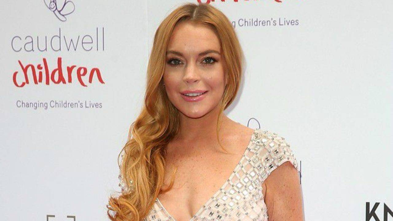 Lindsay Lohan Height, Weight, Age, Wiki, Biography, Net Worth, Facts - Lindsay Lohan