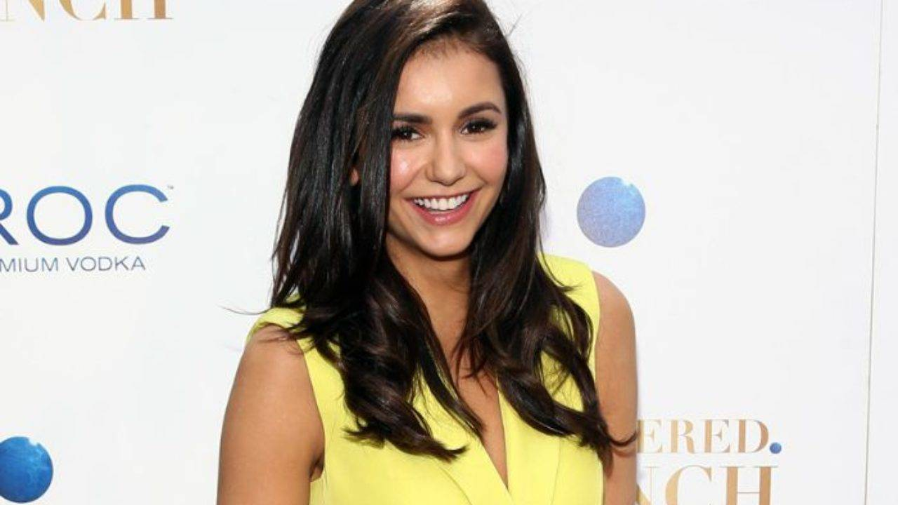 Nina Dobrev Height, Weight, Age, Wiki, Biography, Net Worth, Facts - Nina Dobrev