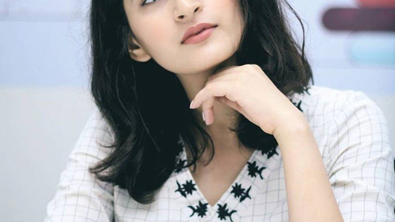 Shivani Raghuvanshi Wiki, Age, Height, Boyfriend, Husband, Family, Biography - Shivani Raghuvanshi 3
