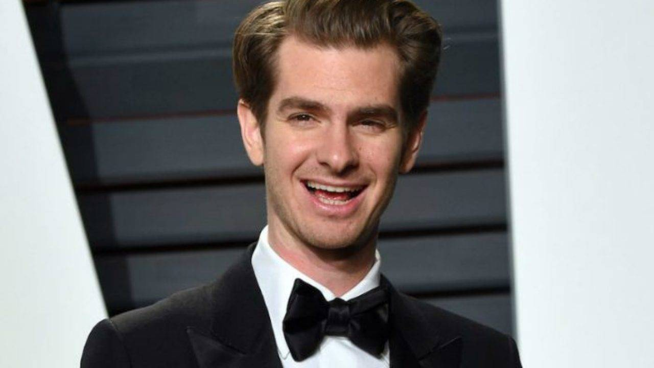 Andrew Garfield Height, Weight, Age, Wiki, Biography, Net Worth, Facts - Andrew Garfield