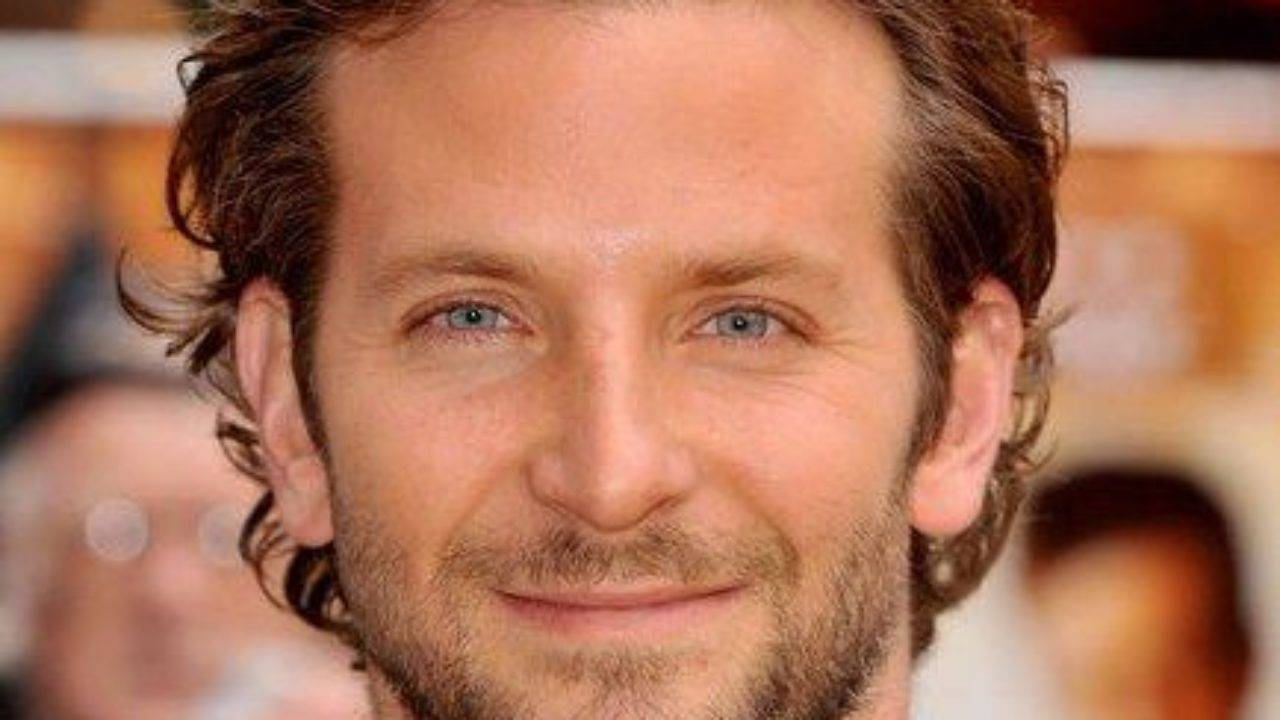 Bradley Cooper Height, Weight, Age, Biography, Wiki, Salary, Wife, Family - Bradley Cooper