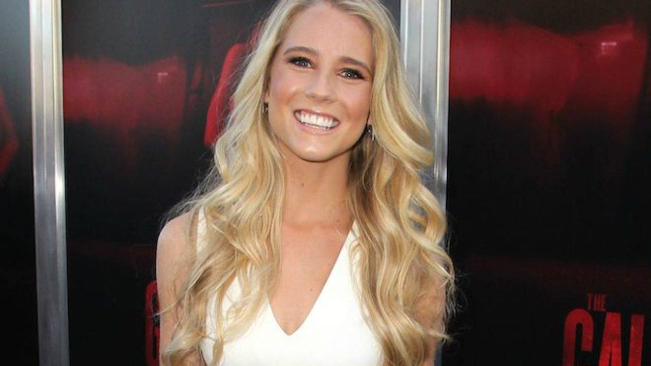 Cassidy Gifford Height, Weight, Age, Wiki, Biography, Net Worth, Facts - Cassidy Gifford