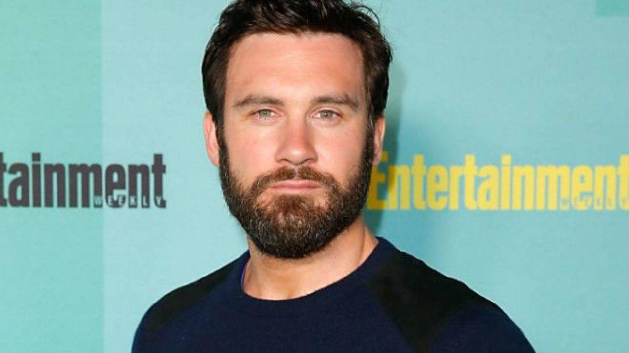 Clive Standen Height, Weight, Age, Wiki, Biography, Net Worth, Facts - Clive Stande