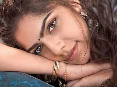 Sharmin Sehgal Wiki, Age, Height, Boyfriend, Husband, Family, Biography - Sharmin Sehgal