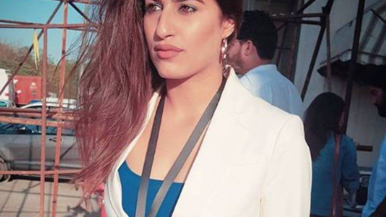 Shreya Mehta Biography, Age, Height, Wiki, Boyfriend, Family, Profile - Shreya Mehta