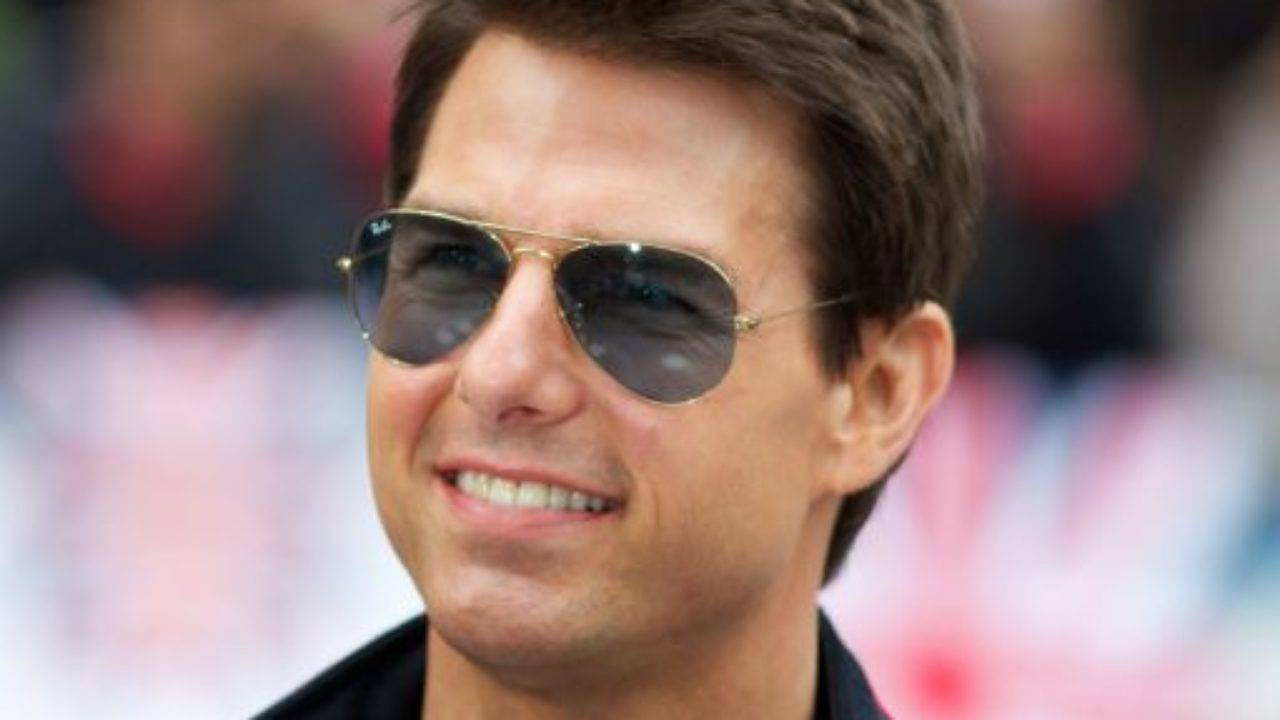 Tom Cruise Height, Weight, Age, Biography, Wiki, Salary, Wife, Family - Tom Cruise