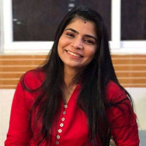 Chinmayi (Singer) Biography, Wiki, Age, Height, Boyfriend, Family, Profile - Chinmayi