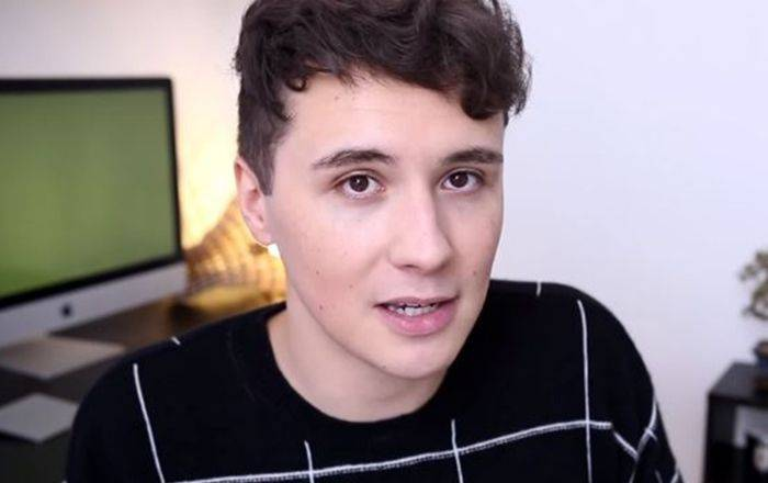 Dan Howell Height, Weight, Age, Wiki, Biography, Net Worth, Facts - Dan Howell