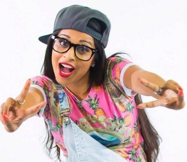Lilly Singh Height, Weight, Age, Biography, Wiki, Husband, Family, Profile - Lilly Singh