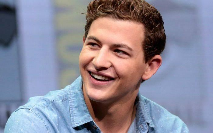 Tye Sheridan Height, Weight, Age, Wiki, Biography, Net Worth, Facts - Tye Sheridan