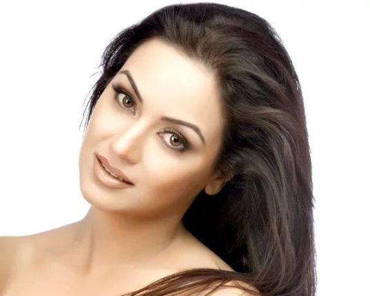 Maryam Zakaria Height, Age, Wiki, Biography, Wiki, Husband, Family - Maryam Zakaria