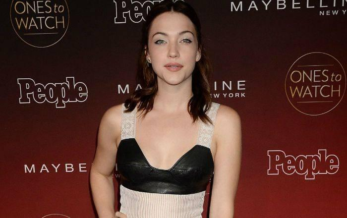 Violett Beane Height, Bio, Wiki, Age, Boyfriend, Net Worth, Facts - Violett Beane
