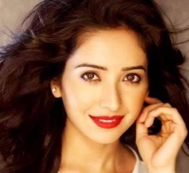 Asha Negi Height, Weight, Age, Biography, Wiki, Husband, Family - Asha Negi
