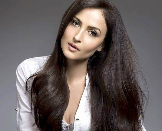 Elli Avram Height, Weight, Age, Biography, Wiki, Boyfriend, Family - Elli Avram
