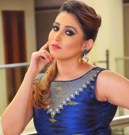 Oindrila Sen Size, Weight, Age, Wiki, Biography, Boyfriend, Family