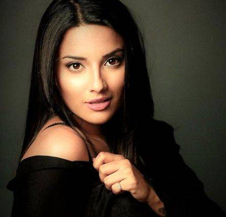 Jyotii Sethi Height Weight Age Wiki Biography Husband & Family