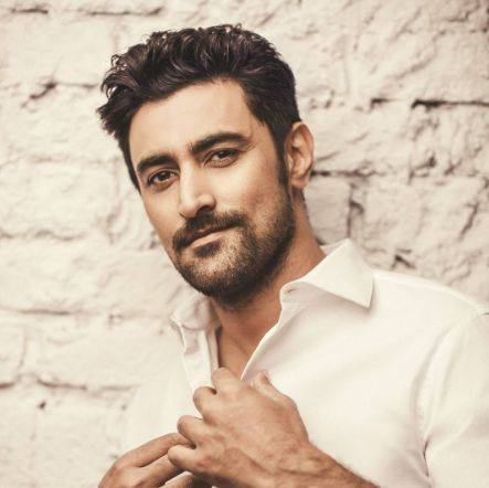 Kunal Kapoor House Address, Phone Number, Email Id, Contact Info