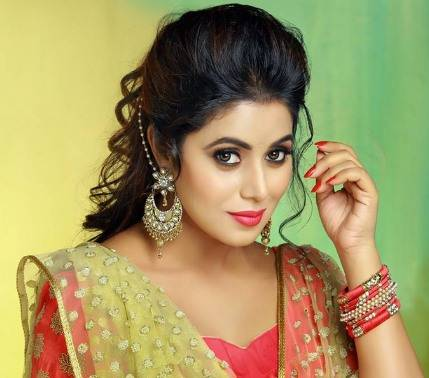 Shamna Kasim Height, Weight, Age, Wiki, Biography, Family & More - 1553490177 Shamna Kasim Height Weight Age Wiki Biography Family amp More
