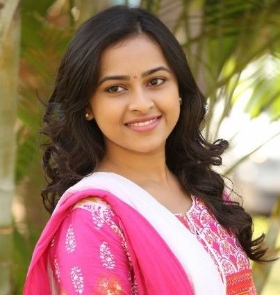 Sri Divya Height, Weight, Age, Wiki, Biography, Family & More - 1553537185 Sri Divya Height Weight Age Wiki Biography Family amp More