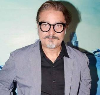 Vinay Pathak Height, Age, Weight, Wiki, Biography, Wife & More - 1556309783 Vinay Pathak Height Age Weight Wiki Biography Wife amp More