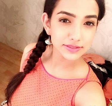 Vidushi Kaul Height, Age, Weight, Wiki, Biography, Family, Profile - 1561442157 Vidushi Kaul Height Age Weight Wiki Biography Family Profile