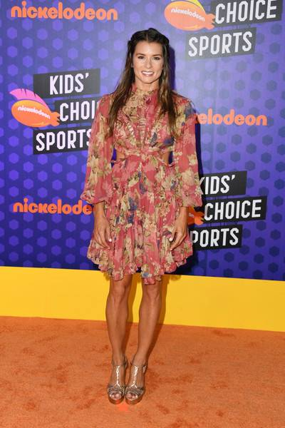 Danica Patrick Lifestyle, Wiki, Net Worth, Income, Salary, House, Cars, Favorites, Affairs, Awards, Family, Facts & Biography - 1563146357 719 Danica Patrick Lifestyle Wiki Net Worth Income Salary House Cars