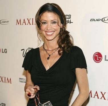Shannon Elizabeth Biography - 1563167642 Shannon Elizabeth Biography