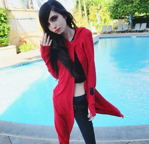 Eugenia Cooney Cosplay